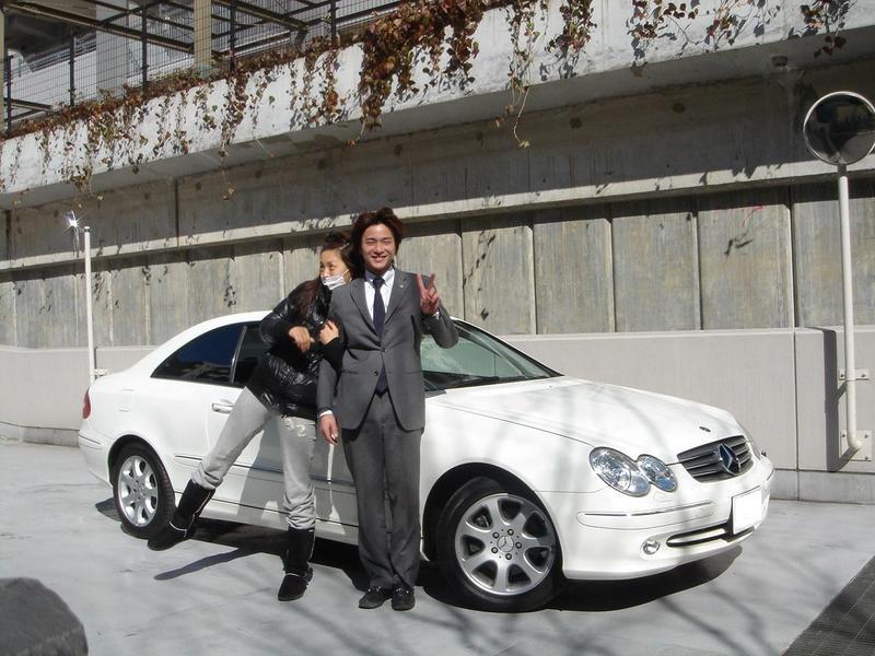 モデルの北川英里子さんのCLKを点検でお預かりし、ご納車いたしました。