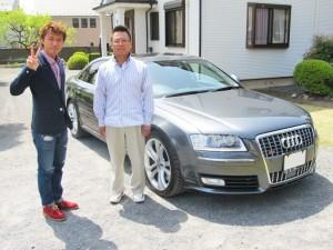 東京都羽村市のS様にアウディ S8をご納車させて頂きました。