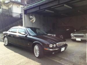 神奈川県横浜市のY社長様に 希少車 ダイムラー スーパーV8 ロング 左ハンドル をご納車させていただきました。