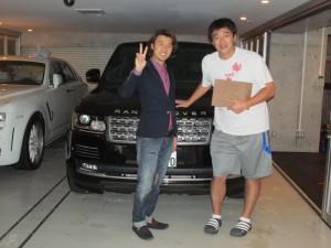 石井一久さんに 新車 レンジローバー スーパーチャージド ロングホイールベース 左ハンドルをご納車させていただきました。
