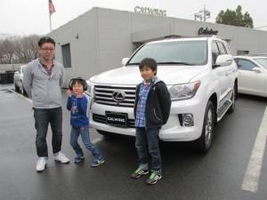 埼玉県川口市のS社長様に新車 USレクサス LX570をご納車させて頂きました。