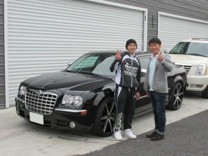 埼玉県のT様に クライスラー 300C をご納車させて頂きました。