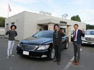 埼玉県のT様に レクサス LS460ロング 左ハンドル 希少な新車並行車をご納車させて頂きました。