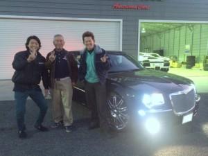 埼玉県のT社長様に 2007y クライスラー300 カスタムインテリア をご納車させて頂きました。