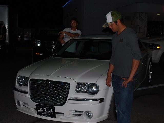 埼玉西武ライオンズ 木村文和投手に新車 クライスラー 300C ジオバンナ履き をご納車させていただきました。