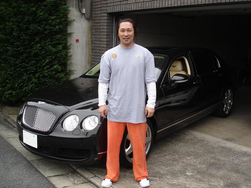 プロ野球解説者・タレントの元読売ジャイアンツ元木大介さんの愛車を点検でお預かりさせて頂きご納車させていただきました。