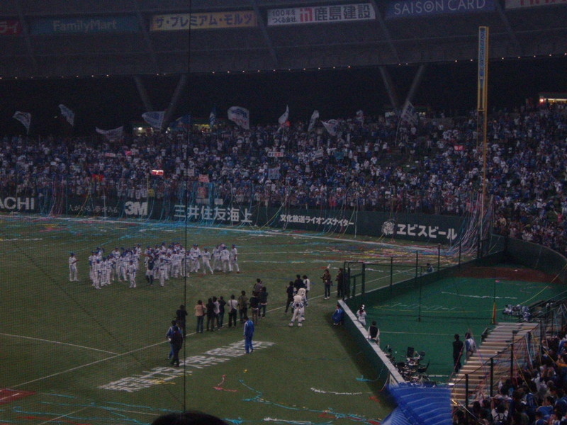 埼玉西武ライオンズ 日本シリーズ進出おめでとうございます。石井一久投手よりご招待をいただき観戦してきました。