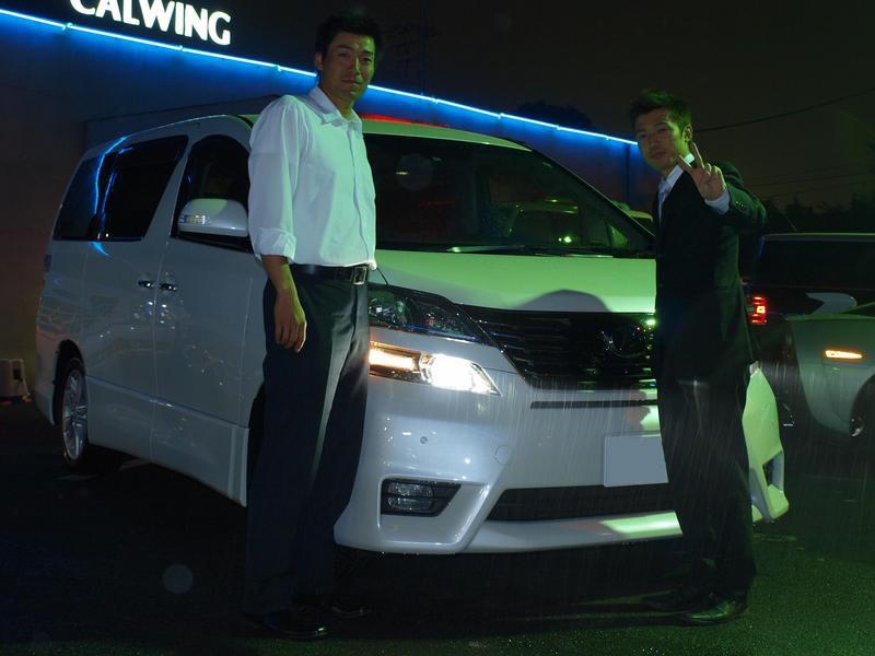 元東京ヤクルトスワローズ 五十嵐貴明さんの トヨタ ヴェルファイア にフリップダウンモニターをお取り付けをさせていただきました。