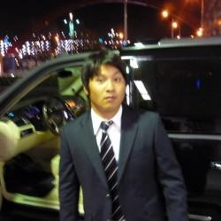 東京ヤクルトスワローズ 福川将和選手に BMW750Li HARTGE ハイパーフォージド22インチ履き ディーラー車をご納車させて頂きました。