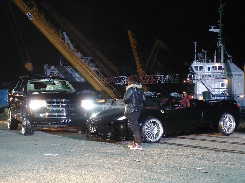 新生EXILE!!  「J SOUL BROTHERS」 プロモーションビデオに弊社のフェラーリF430スパイダーとY様のリンカーン ナビゲーター ワイドフェンダーが出演しました!!