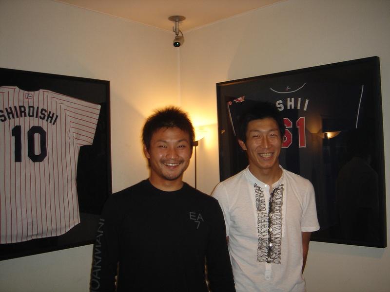 東京ヤクルトスワローズ武内選手がご来店されました。