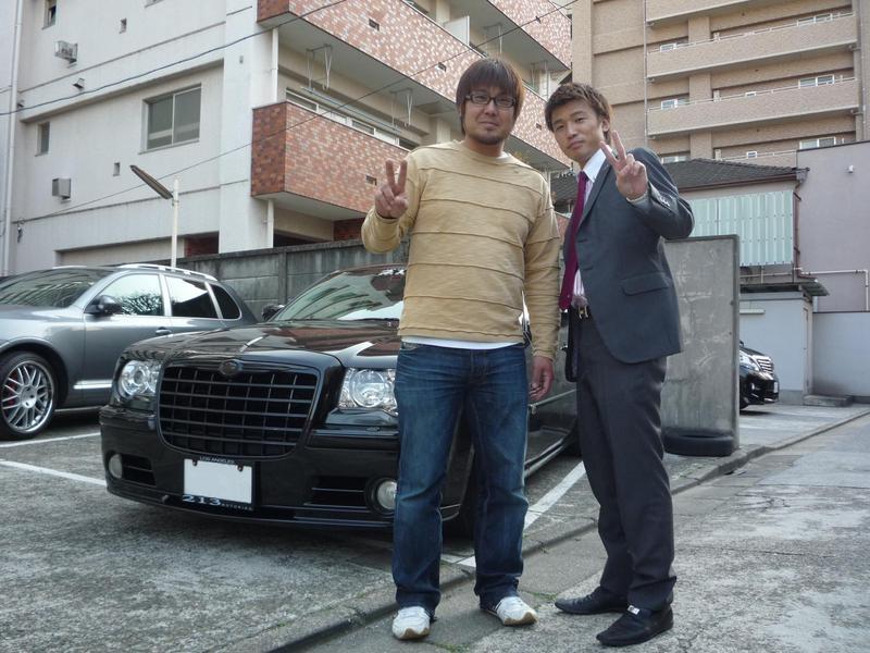 東京ヤクルトスワローズ 畠山和洋選手に クライスラー 300C SRT8 をご納車させていただきました。