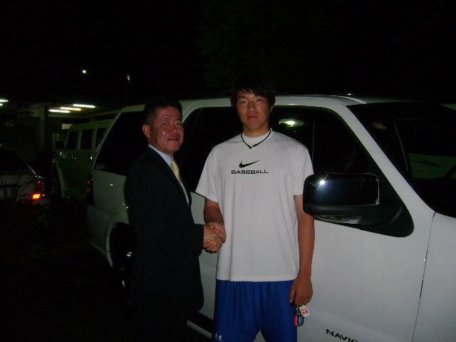 埼玉西武ライオンズ 田中靖洋投手に リンカーン ナビゲーター をご納車させていただきました。