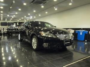 桶川市にお住まいのM様に、 2010y LEXUS ES350 新車をご納車させていただきました。