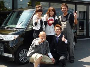 埼玉県日高市にお住まいのM様に 新車 タントカスタム をご納車させて頂きました。