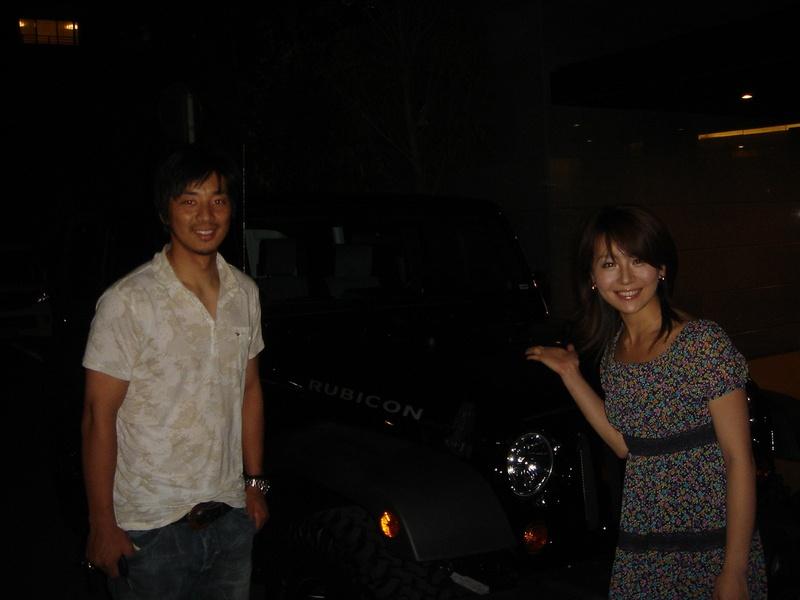 東京ヤクルトスワローズ 城石憲之選手 テレビ東京アナウンサー 大橋未歩様 ご夫妻に、ラングラー アンリミテッド ルビコン をご納車させていただきました。