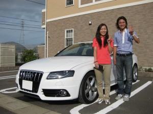 福島県郡山市にお住まいのS様に 2010y アウディ A4アバント クアトロ Sライン をご納車させて頂きました。