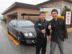 秋田県 人気ラーメン店「ラーメン錦」 E社長様に ベントレー コンチネンタル フライングスパー MANSORYバージョン をご納車させて頂きました。