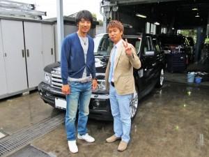 東京ヤクルトスワローズ 城石 憲之コーチ テレビ東京アナウンサー 大橋未歩夫妻にレンジローバースポーツをご納車させて頂きました。