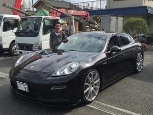 東京都のU社長様に ポルシェ パナメーラ フェアリーデザインをご納車させていただきました。