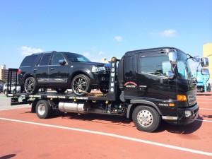 愛媛県のW社長様に2011y リンカーン ナビゲーター をご納車させて頂きました。