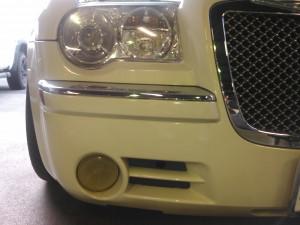 車検整備でご入庫頂いた車両です。 オーナー様のご用命で、黄ばんでしまったフォグランプのレンズを交換させて頂きました!! レンズが黄ばんでいると、見た目も気になりますが、光量も落ちてしまいますので 安全のためにも、定期的な […]