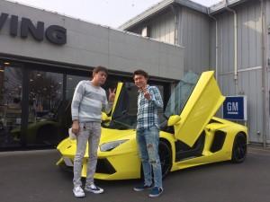 東京都のI社長様に 新車  ランボルギーニ  アヴェンタドール ロードスターをご納車させて頂きました。
