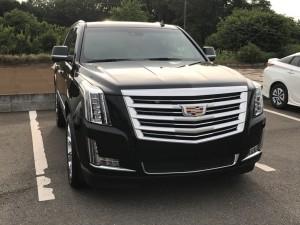 京都のF様に 新車 キャデラック エスカレード プラチナムをご納車させていただきました。