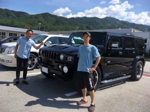 岐阜県のM様にハマーH2 TYCOONボディキット フルカスタムリムジンインテリアをご納車させて頂きました。