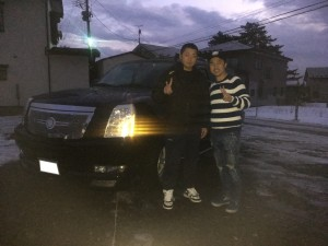 秋田県のS様に キャデラック エスカレードをご納車させて頂きました。