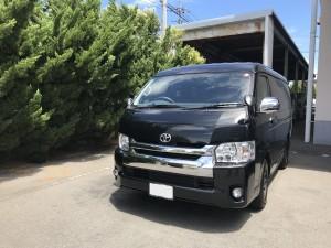 7台目のご購入有難う御座います。東京都のS会長様に ハイエース マルチロールトランスポータータイプ をご納車させて頂きました。