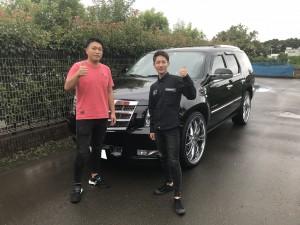 2台目のご購入有難う御座います。東京都のM様に キャデラック エスカレード プラチナムをご納車 させて頂きました。