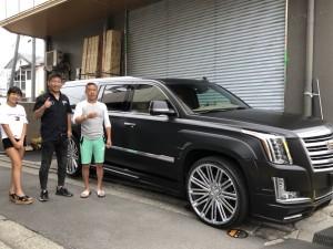 神奈川県のS社長様に 新車キャデラック エスカレードESV プラチナム NEXT NATIONコンプリートをご納車させていただきました。