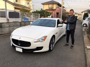 神奈川県のA様に マセラティ クアトロポルテ GTSをご納車させていただきました。