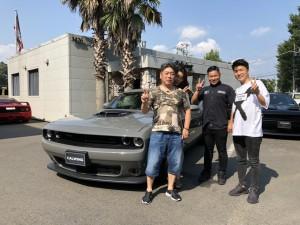埼玉県のA社長様に新車 チャレンジャー スキャットパック シェイカーをご納車させて頂きました。