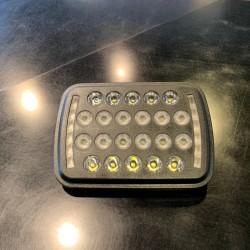 ジープ チェロキー LEDヘッドライト カスタム 交換