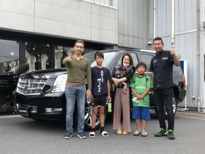 東京都のK様にキャデラック エスカレード プラチナムをご納車させていただきました。