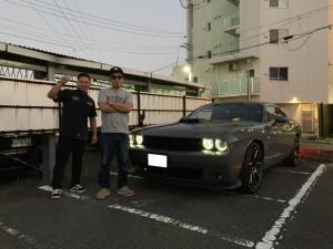 東京都のM社長様にダッジ チャレンジャー スキャットパックシェイカーをご納車させて頂きました。