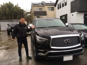 神奈川県のO社長様に新車インフィニティQX80をご納車させていただきました。