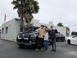 埼玉県のM社長様に新車 リンカーン ナビゲーター リザーブをご納車させて頂きました。