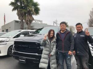 群馬県のN社長様に新車 ラムトラック ブラックアピアランスPKGをご納車させて頂きました!