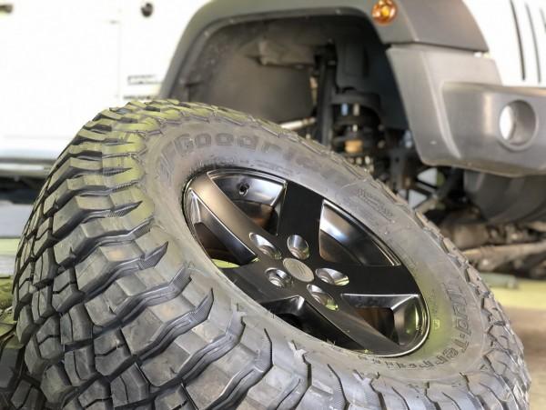 JKラングラー カスタム リフトアップ タイヤ交換 WRANGLER