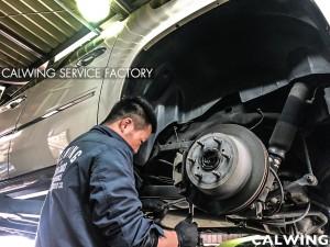 エスカレードESVプラチナムの車検です!今回右フロントハブ交換、ブッシュ交換、サイドブレーキの効きが悪くライニング調整、シートヒーター交換など整備を行いました。車検では様々な検査をクリ […]