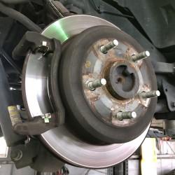 ラングラー 車検 点検 整備 ブレーキパッド交換 キャリパー点検