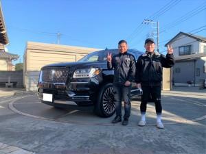 埼玉県のY社長に新車 リンカーン ナビゲーター ブラックレーベルをご納車させていただきました!