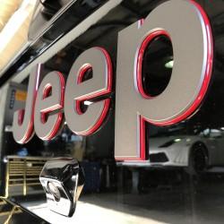 ジープ グラディエーター 電動ステップ取付 JEEP