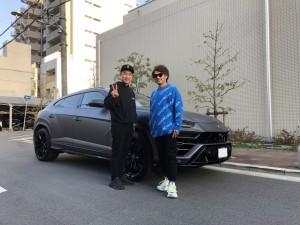大阪府のK社長様にランボルギーニ ウルス ラッピングカスタムをご納車させて頂きました。