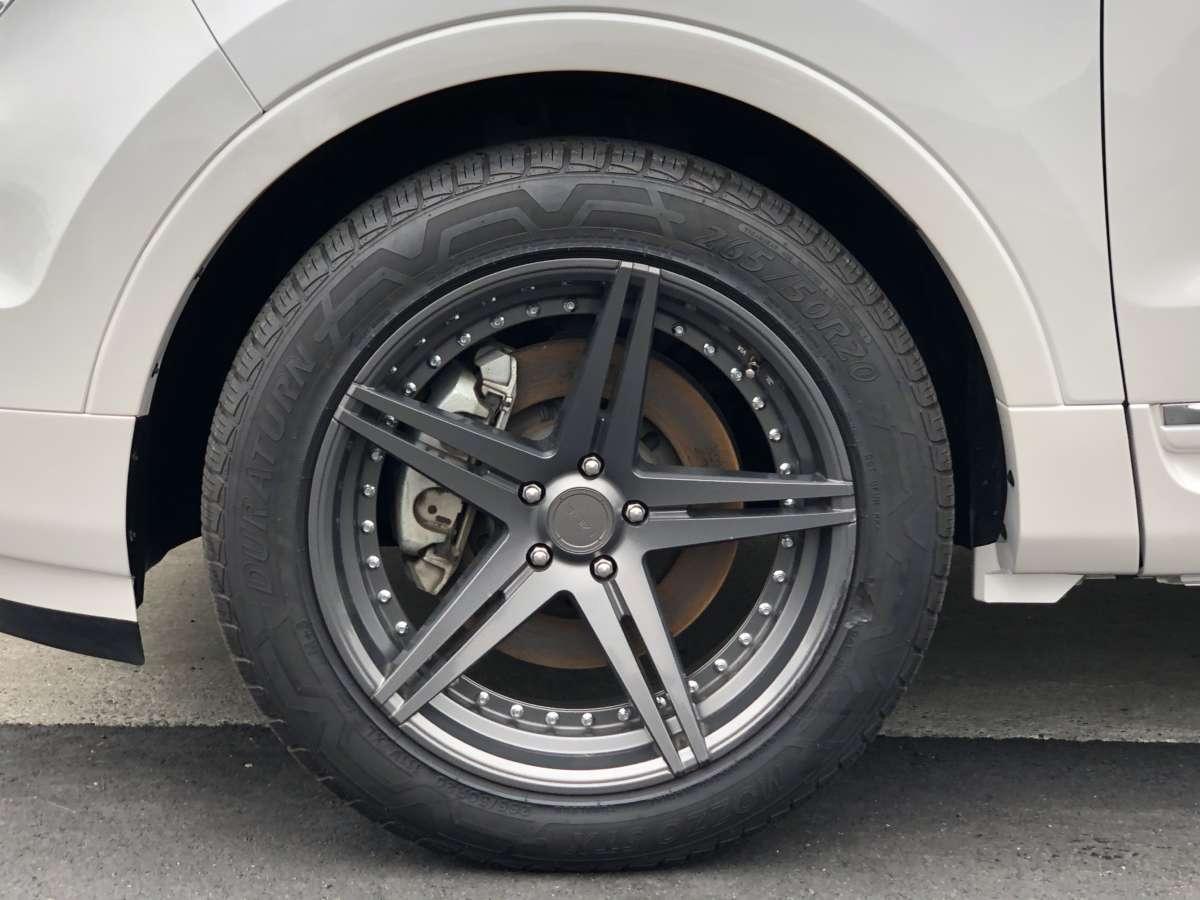 フォード エクスプローラー リミテッド エコブースト MID.R ホイール ボディ 同色ペイント スムージング  カスタム