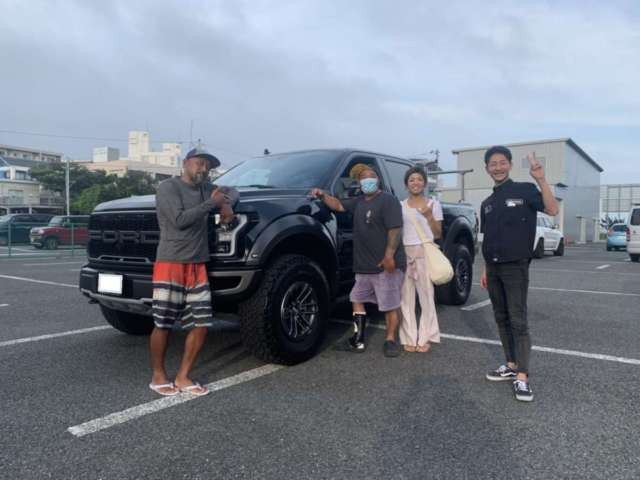 神奈川県のM社長様に新車 フォード F-150 ラプターをご納車させて頂きました!