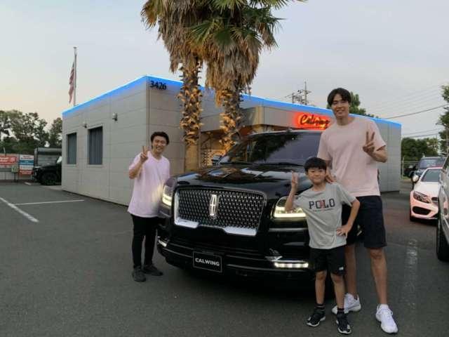 2台目のご購入有難う御座います!!  バスケットボール日本代表 アルバルク東京 #15 竹内 譲次選手に新車 リンカーン ナビゲーターをご納車させて頂きました。
